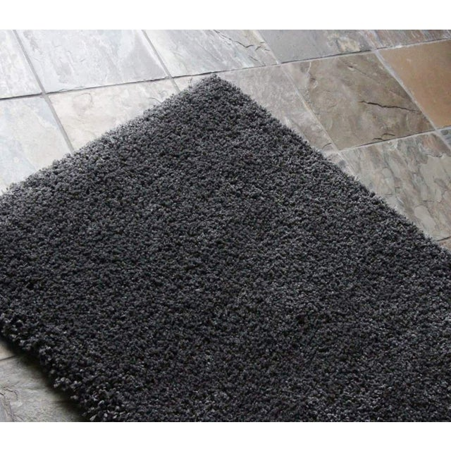 "Dark Gray and Charcoal Shag Rug - 5'4 ""x7'8'' - Image 6 of 6"