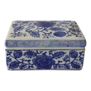 Chinoiserie Greek Key Porcelain Lidded Box