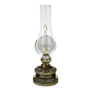 Antique Oil Lamp with Tiger Reflector