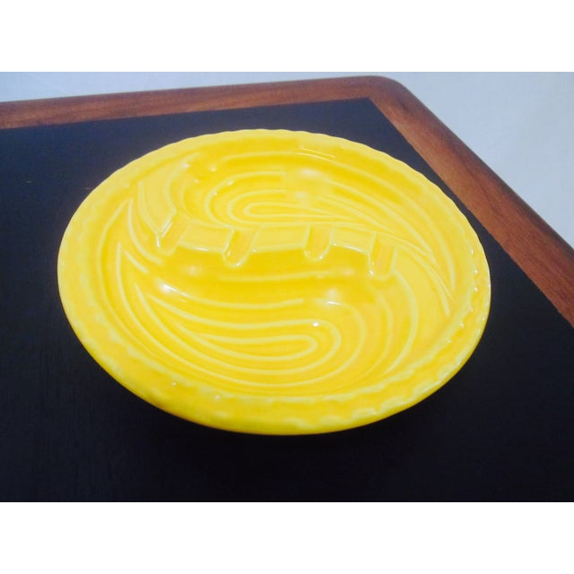 Mid-Century Modern Atomic Yellow Ashtray Dish - Image 5 of 8