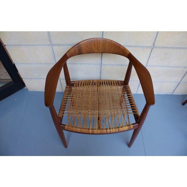 Hans Wegner Johannes Hansen 'The Chair' - A Pair - Image 8 of 10