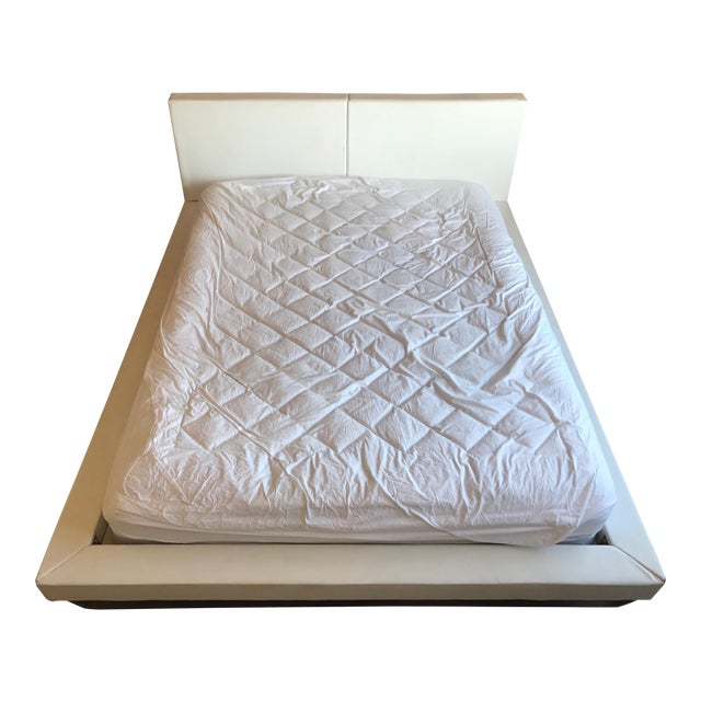 Modani White Leather Queen Bedframe - Image 1 of 11