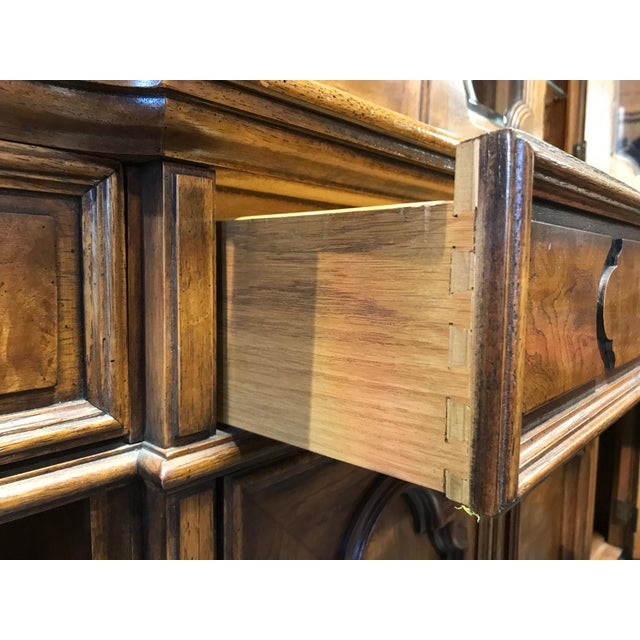 THOMASVILLE Ceremony Collection Burl Walnut Breakfront China Display Cabinet - Image 6 of 11