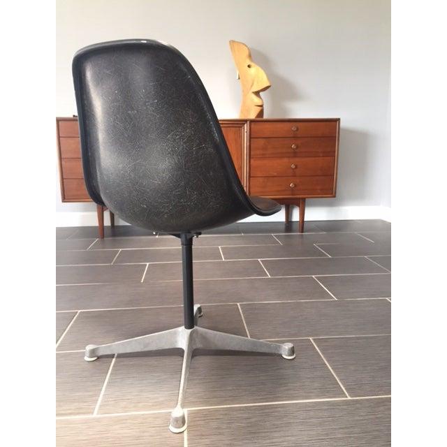 Herman Miller Mid Century Swivel Chair - Image 4 of 5
