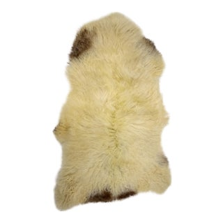 "Genuine Handmade Long Off-White Brown Soft Wool Sheepskin Rug, Sheepskin Throw - 2'8""x4'5"""