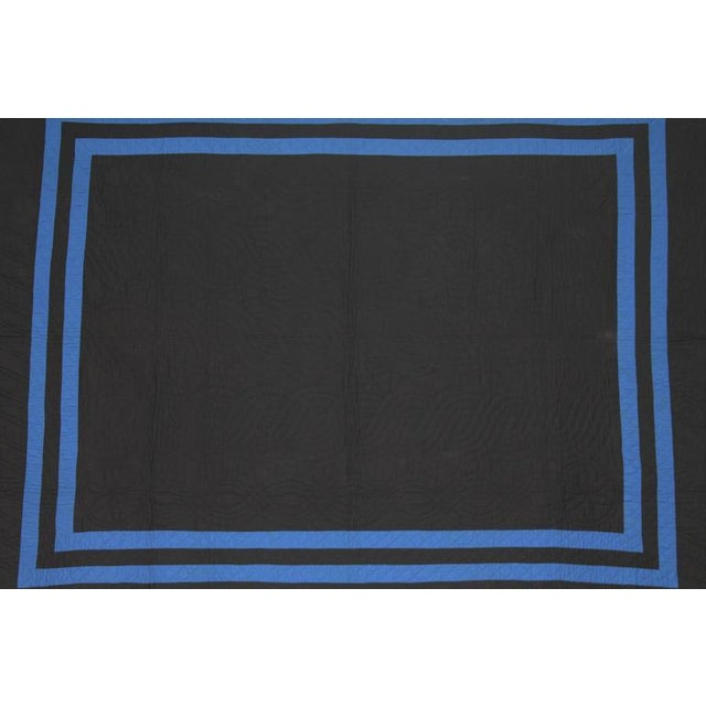 Image of Holmes County Ohio Amish Plain Quilt