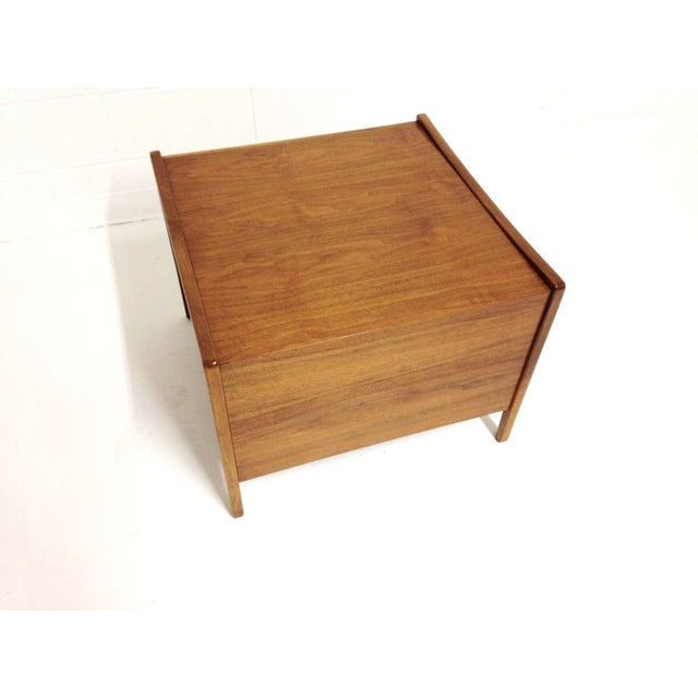 Image of Mid-Century Modern End Table