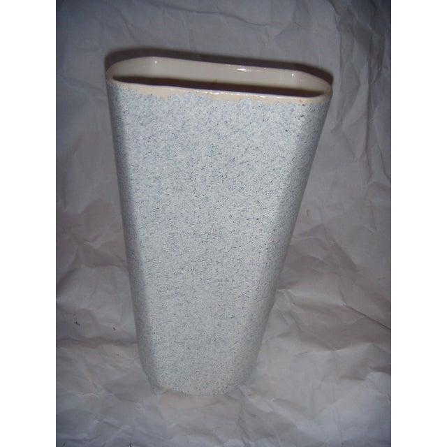 Mid-Century Shaunee USA Pottery Vase - Image 2 of 6