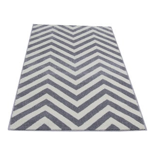 "Small Gray Chevron Rug - 2'8"" x 5'"