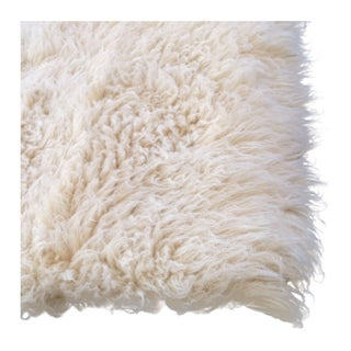"Flokati Cream Colored Rug - 7'6"" x 5'"