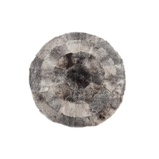 Handsewn Gray & White Multi-Sheepskin Round Area Rug - 6′7″ × 6′7″