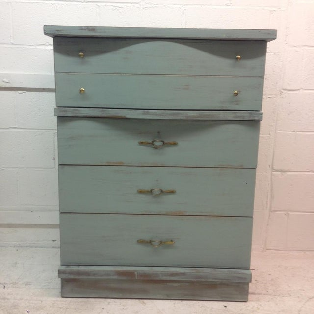 1950's Serpentine 4 Drawer Dresser - Image 3 of 5