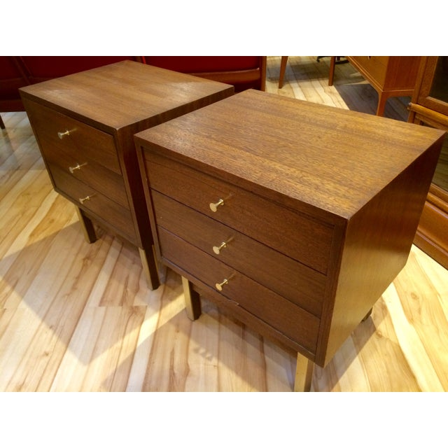 Mid-Century American of Martinsville Nightstands - A Pair - Image 3 of 8