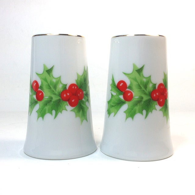 Porcelain Christmas Holly Salt & Pepper Shakers - Image 2 of 4