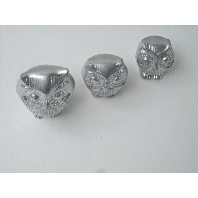 Mid-Century Silver Owl Figurines - Set of 3 - Image 4 of 5