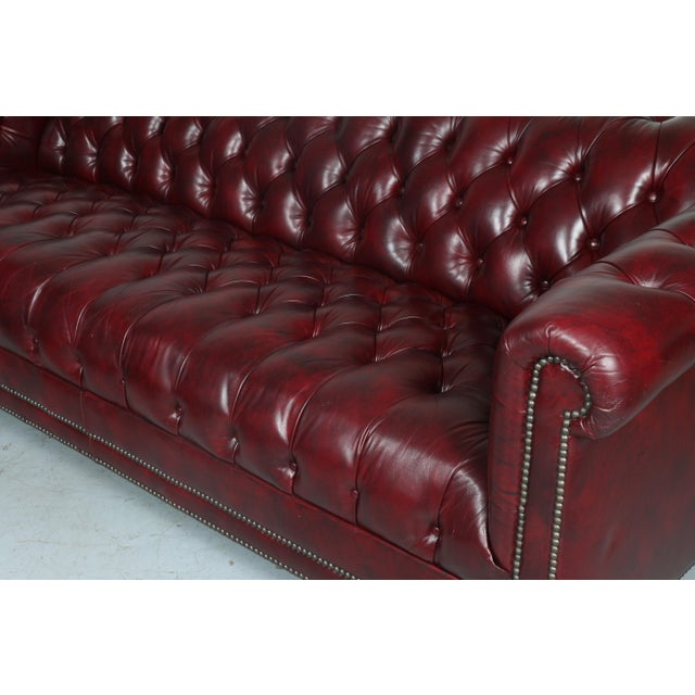 1970'S Burgundy Emerson Leather Chesterfield Sofa - Image 10 of 10
