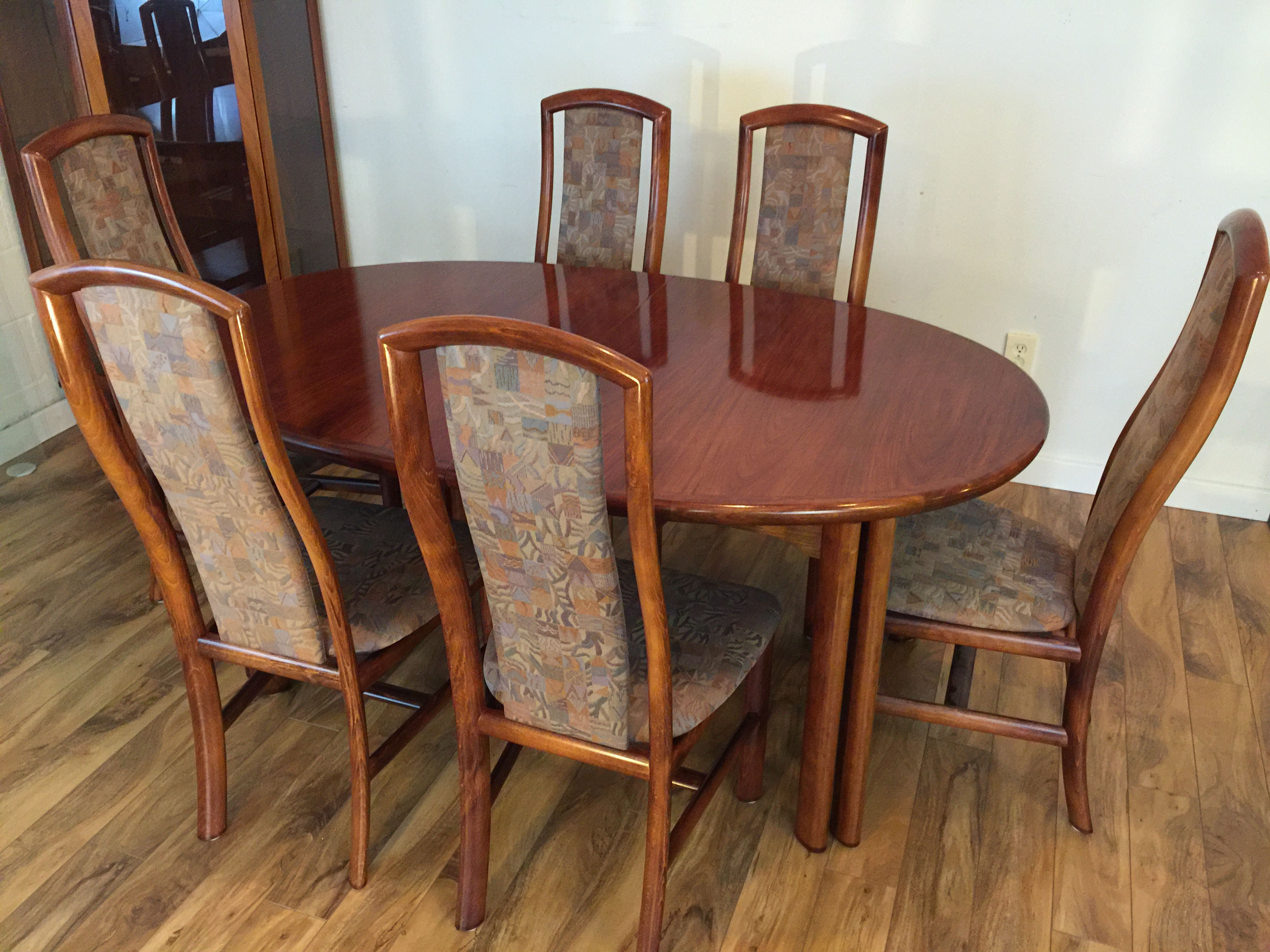 Danish Rosewood Dining Set Table amp 8 Chairs Chairish : a768808a 8e8c 4088 b5c2 82bb741d7d61aspectfitampwidth640ampheight640 from www.chairish.com size 640 x 640 jpeg 51kB