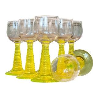 Glowing Uranium Yellow Glasses - Set of 7