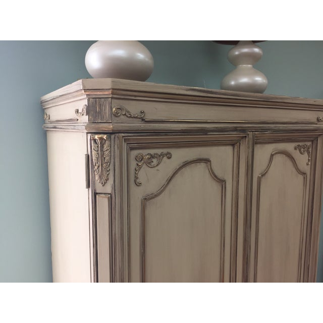 Vintage French Provincial Armoire - Image 7 of 11