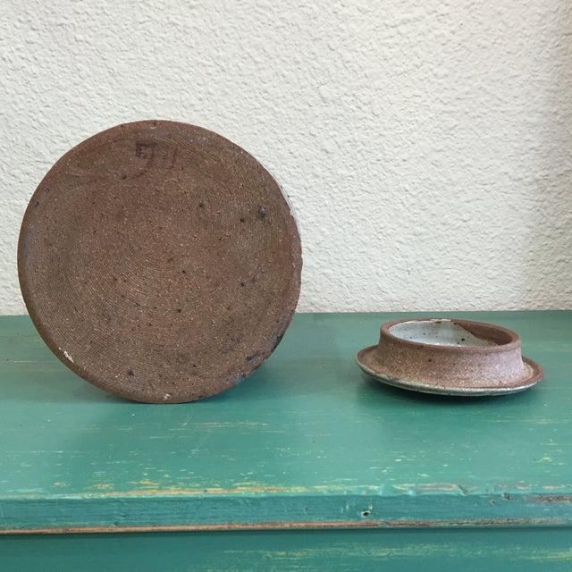 Hand Thrown Earthenware Cookie Jar - Image 6 of 6