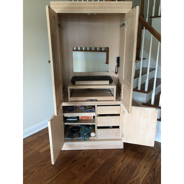 Entertainment Center W/Cabinet Pull Out Drawers - Image 4 of 4
