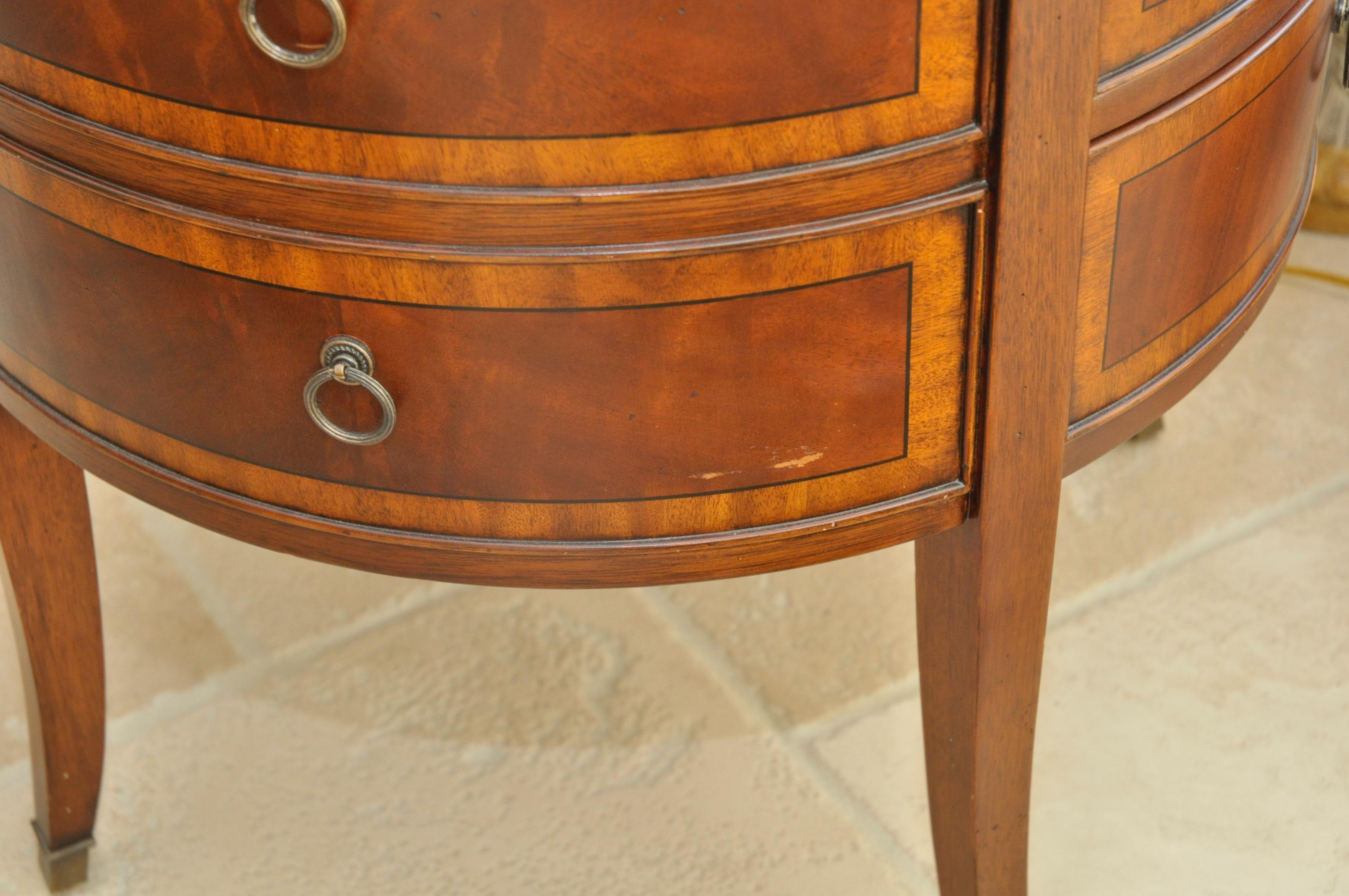 Ethan Allen Newport Collection Osborne Round End Table   Image 5 Of 8