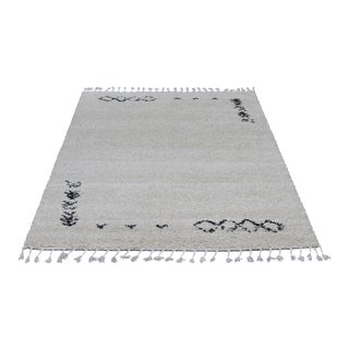 Ivory Moroccan Shag Rug With Tassels- 5' X 8'