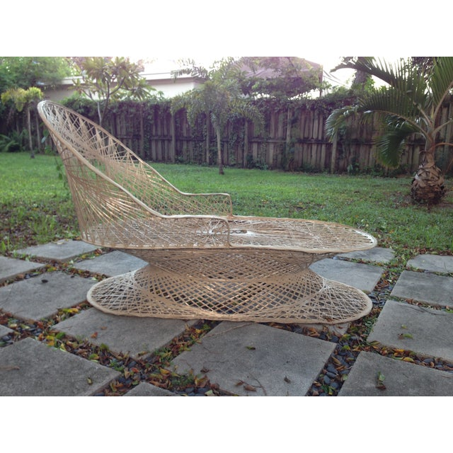 Russell Woordard Fiberglass Patio Lounge Chaise - Image 4 of 6
