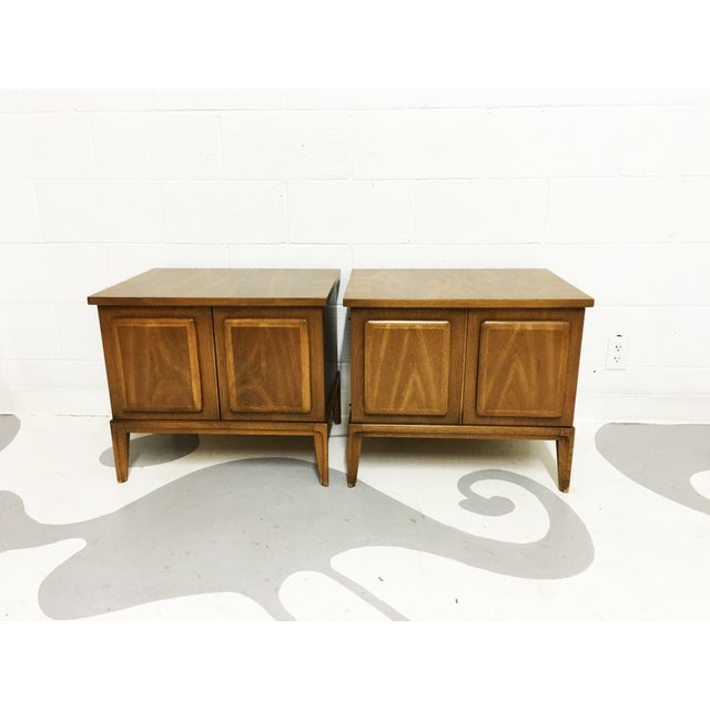 Broyhil Mid-Century Walnut End Tables - A Pair - Image 6 of 7