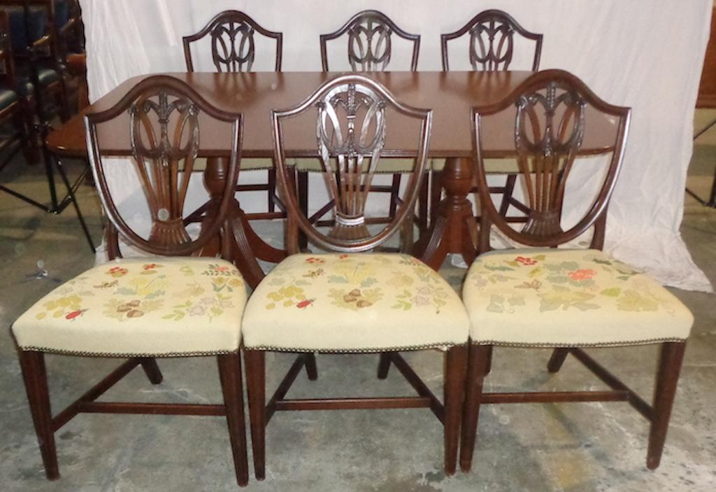 Mahogany Duncan Phyfe Style Dining Set With 6 Chairs   Image 2 Of 3