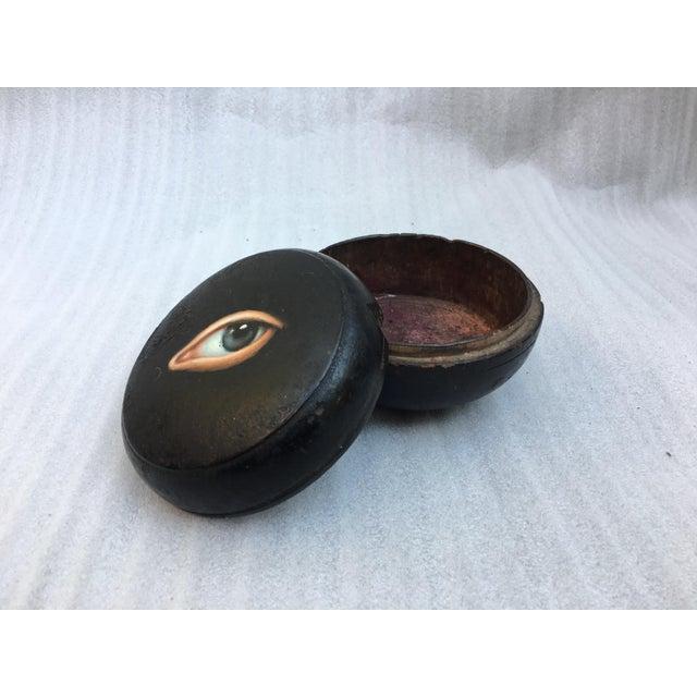 Geisha Face Powder Box with Painted Eye - Image 6 of 7
