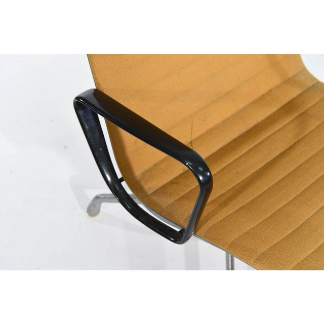 Eames for Herman Miller Aluminum Group Executive Lounge Desk Chair 1980 - Image 6 of 9