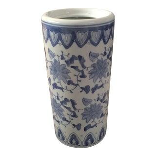 Chinoiserie Asian Blue & White Ceramic Cylindrical Vase