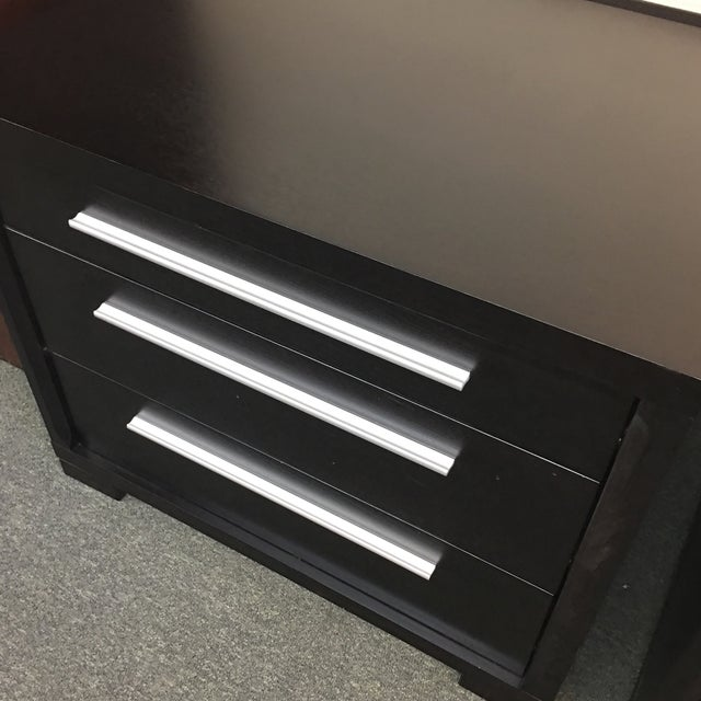 Contemporary 3-Drawer Nightstands - A Pair - Image 8 of 8