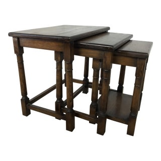 1920s English Oak Nesting Tables - Set of 3