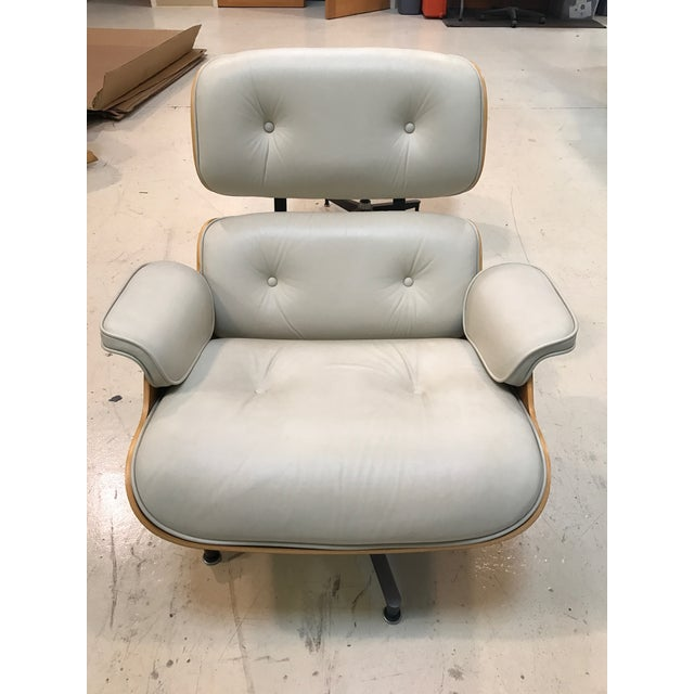 Herman Miller Lounge Chair & Ottoman - Image 3 of 9
