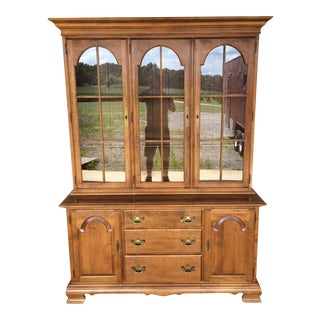 Ethan Allen Solid Maple Heirloom Nutmeg Lighted China Cabinet
