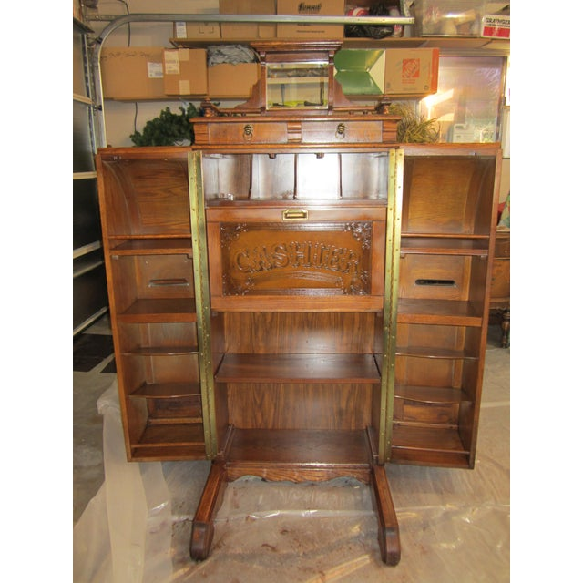 Pulaski Furniture Corporation: Pulaski Furniture Corp. Wooden Secretary Desk