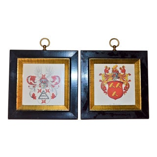 Petite Traditional Dutch Crests - A Pair