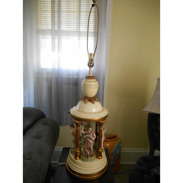 Porcelain Musical Lady Figures Lamp - Image 2 of 7
