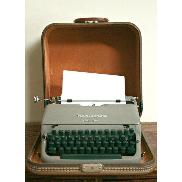 Vintage Remington Quiet Riter Typewriter - Image 3 of 5