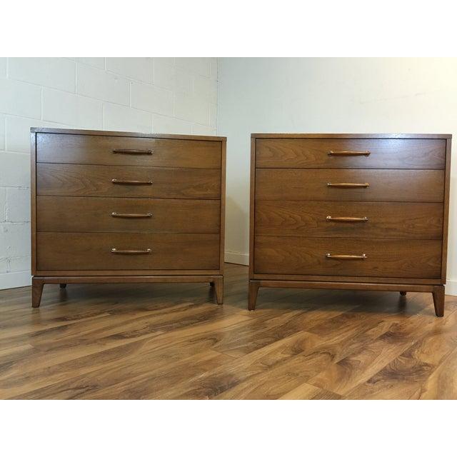 Heritage Henredon Mid Century Dresser Pair - Image 5 of 11
