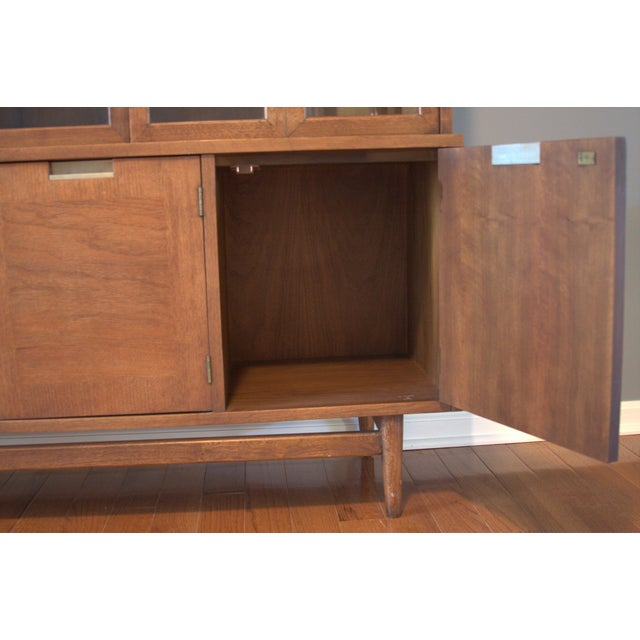 American of Martinsville Mid-Century China Cabinet - Image 4 of 5