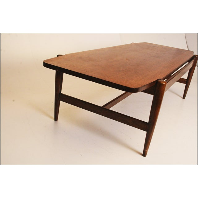 Bassett Mid-Century Danish Modern Wood Coffee Table