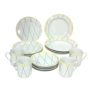Modernist Grid Luncheon Set - 16 Pieces