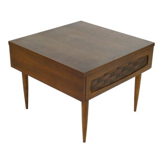 Mid Century Modern Lane Style End TableGently Used Lane Furniture   Save up to 70  at Chairish. Mid Century Modern Lane Bedroom Furniture. Home Design Ideas