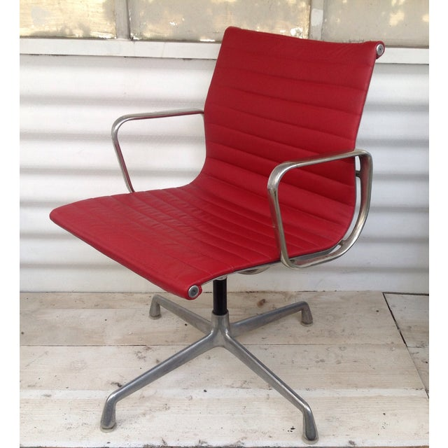 Image of Vintage Herman Miller Eames Swivel Office Chair