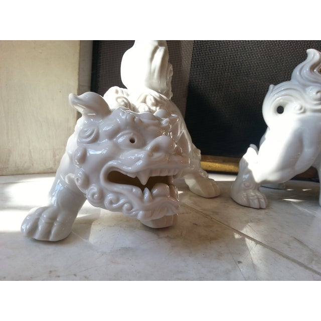Mid-Century Foo Dogs, Porcelain, Hollywood Regency - Image 5 of 10