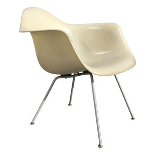 LAX Eames Fiberglass Arm Chair