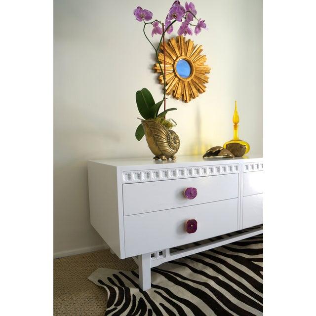 White Credenza Cabinet W/ Fuchsia Agate Pulls - Image 11 of 11